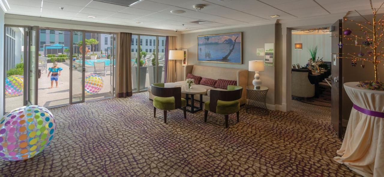 Holiday Inn NEW ORLEANS-DOWNTOWN SUPERDOME - Laterooms