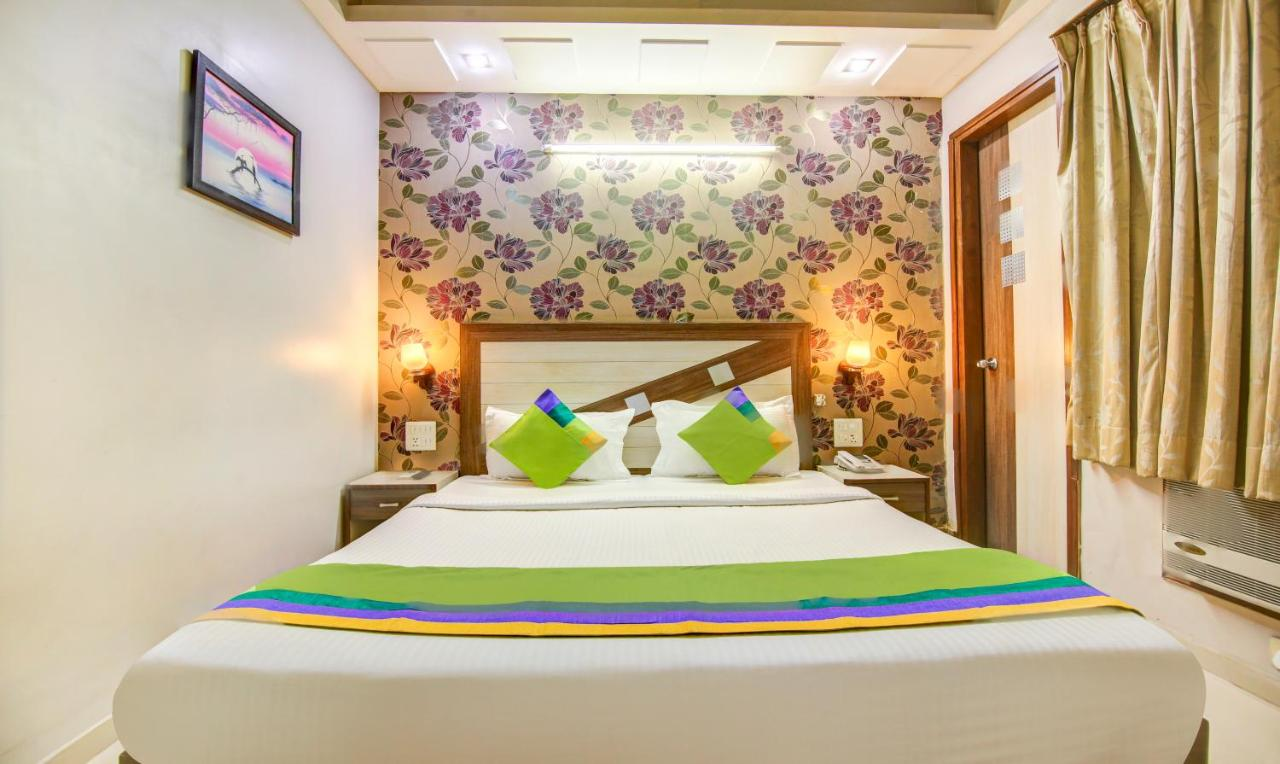 Hotel Rockwell Plaza - Laterooms