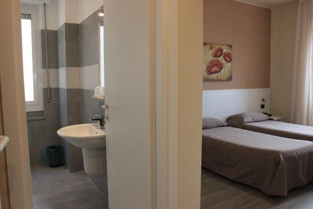 hotel rex milano - Laterooms