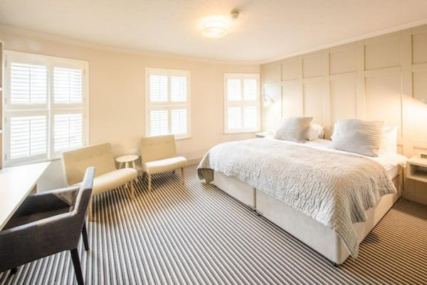 Les Douvres Hotel - Laterooms