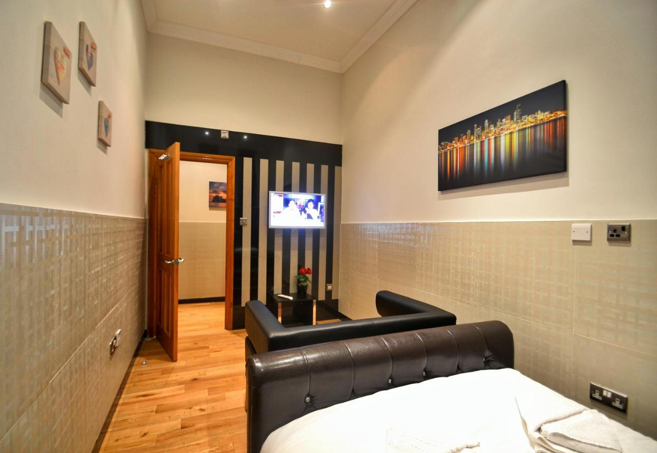 Hyde Park Apartments - Laterooms