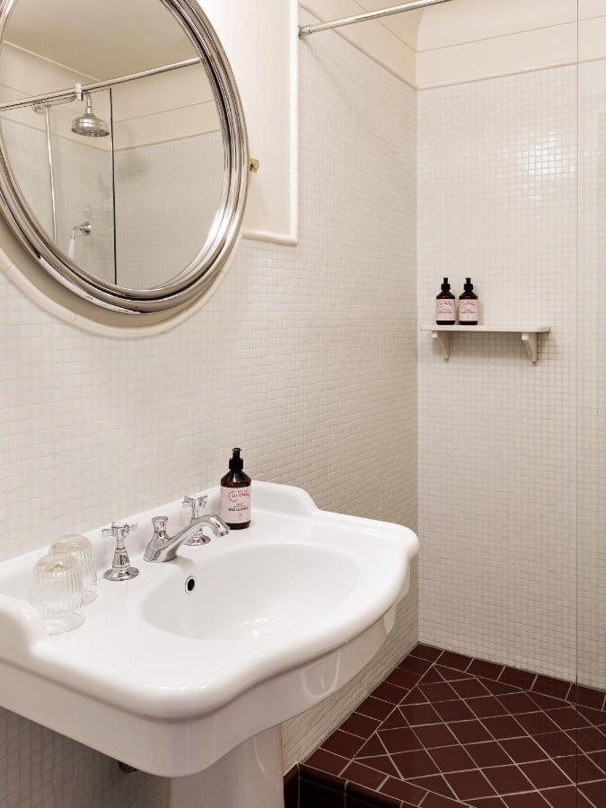 Qualys Hotel Carlton's Montmartre - Laterooms
