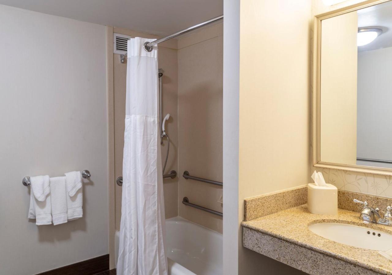 Hilton Garden Inn Secaucus/Meadowlands - Laterooms