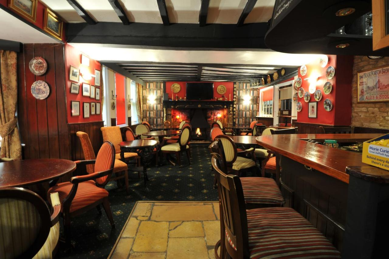 Crown & Cushion Hotel - Laterooms