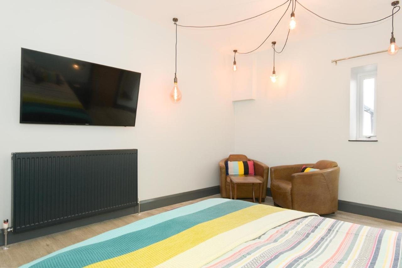 Farne Island Bed and Breakfast - Laterooms