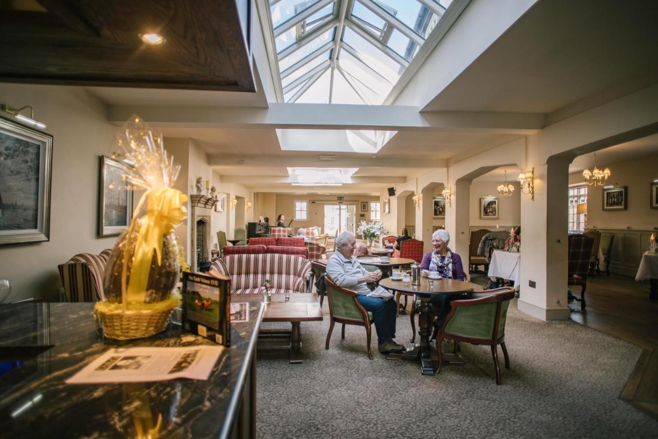 The Falcon Hotel - Laterooms