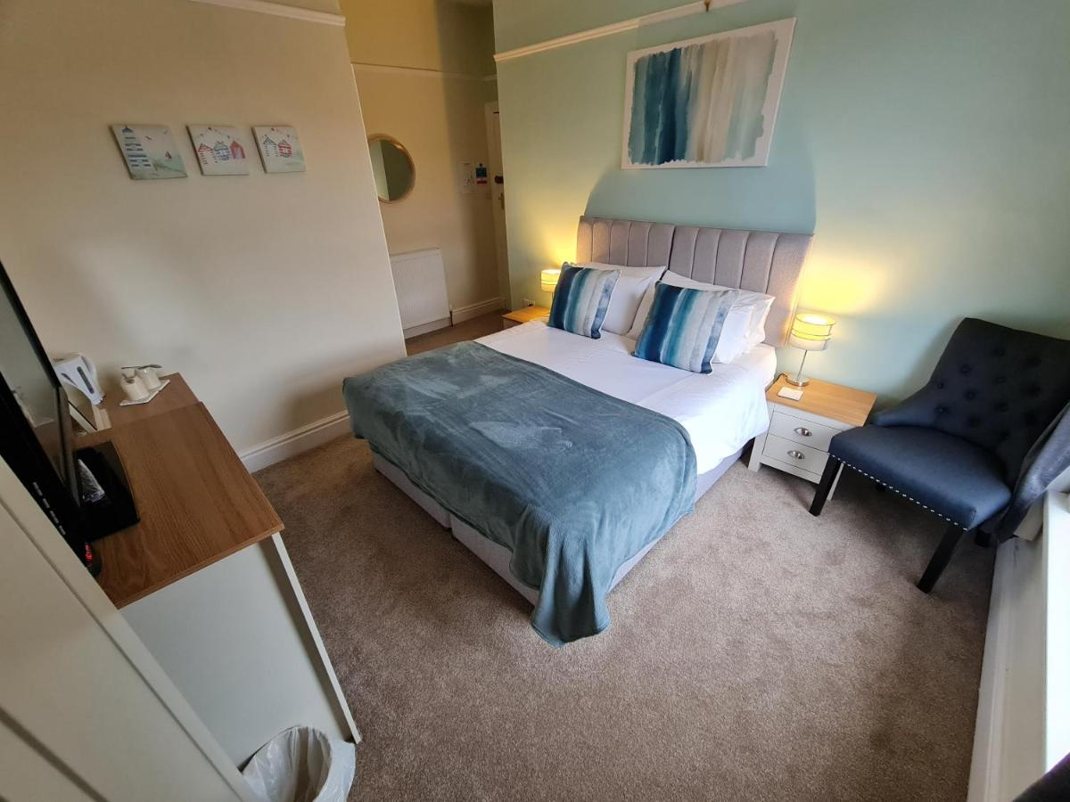 The Hollingworth - Laterooms