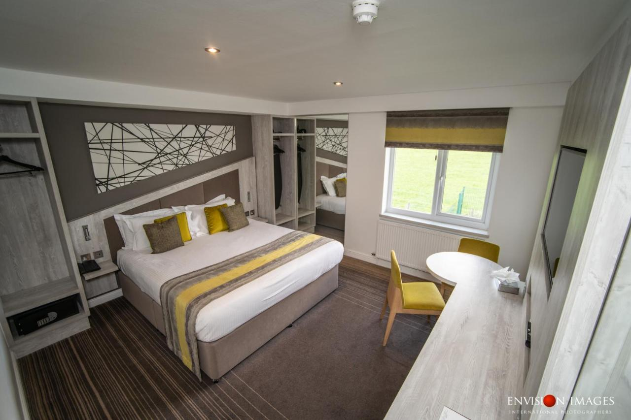 Red Hall Hotel - Laterooms