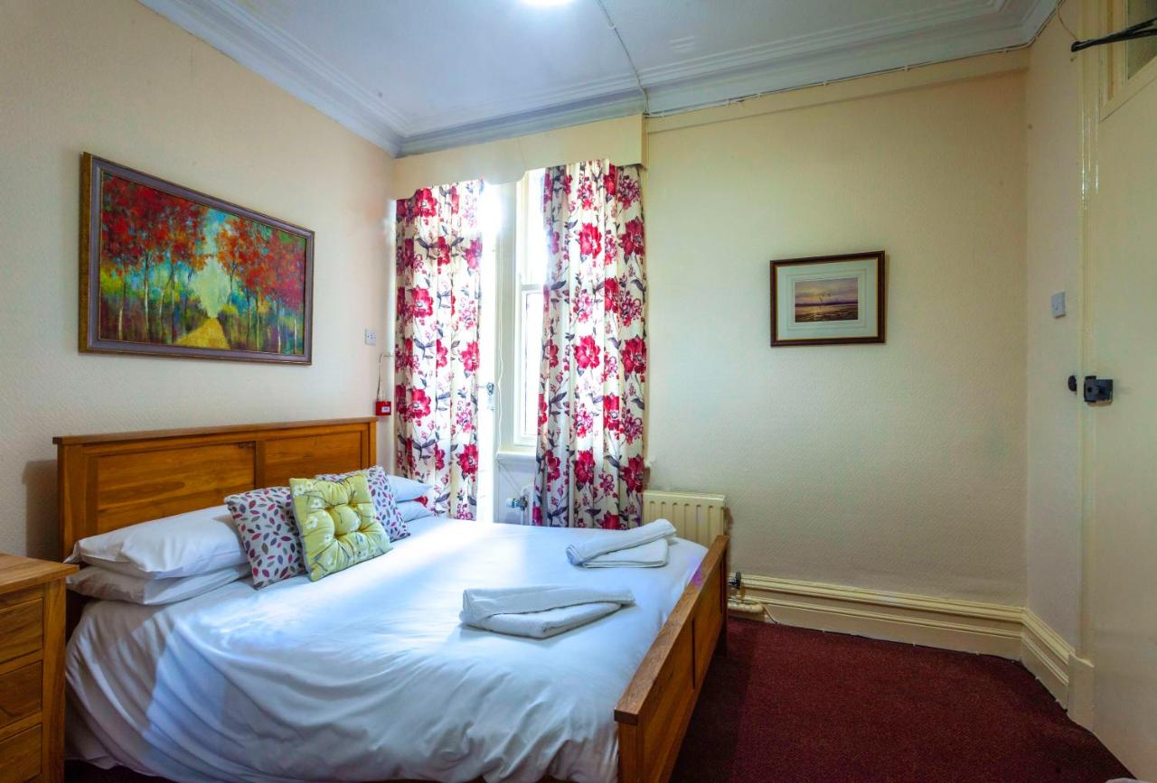 The Royal Hotel - Laterooms