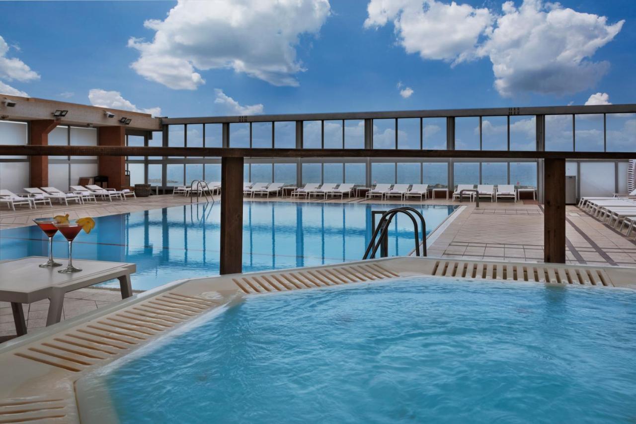 Crowne Plaza TEL AVIV BEACH - Laterooms