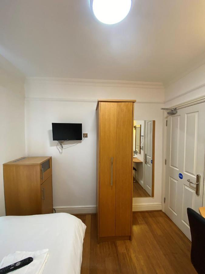 Buckingham Hotel - Laterooms