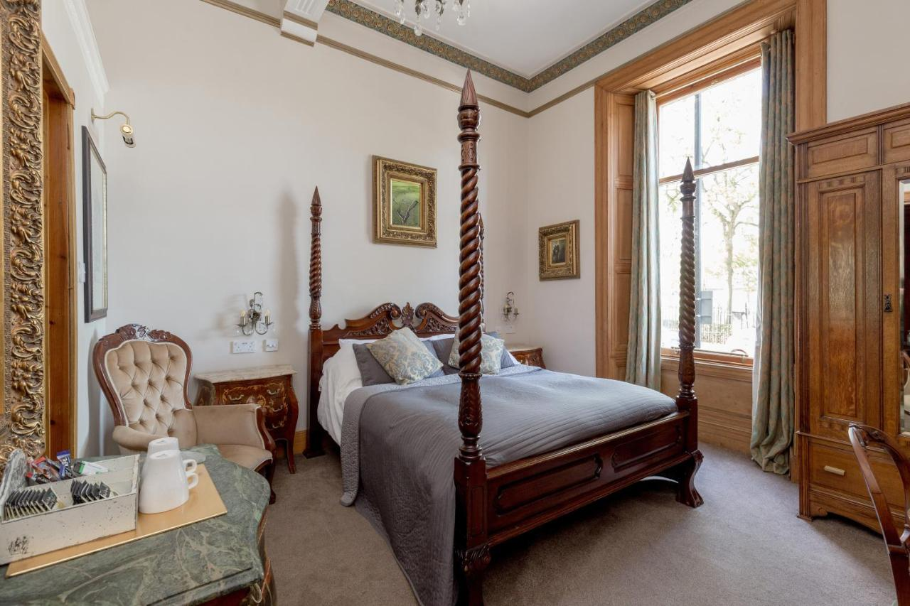 Alamo Guest House - Laterooms