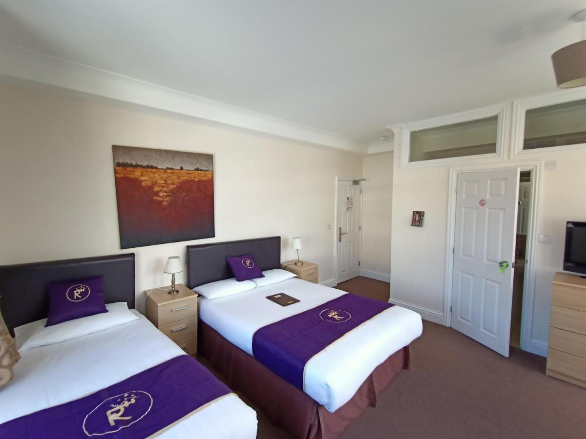 Stracey Hotel - Laterooms