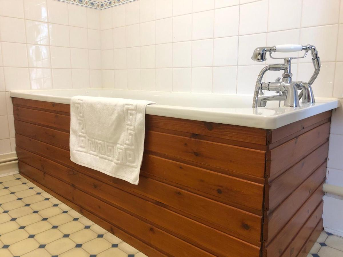 Kintore Arms Hotel - a Bespoke Hotel - Laterooms
