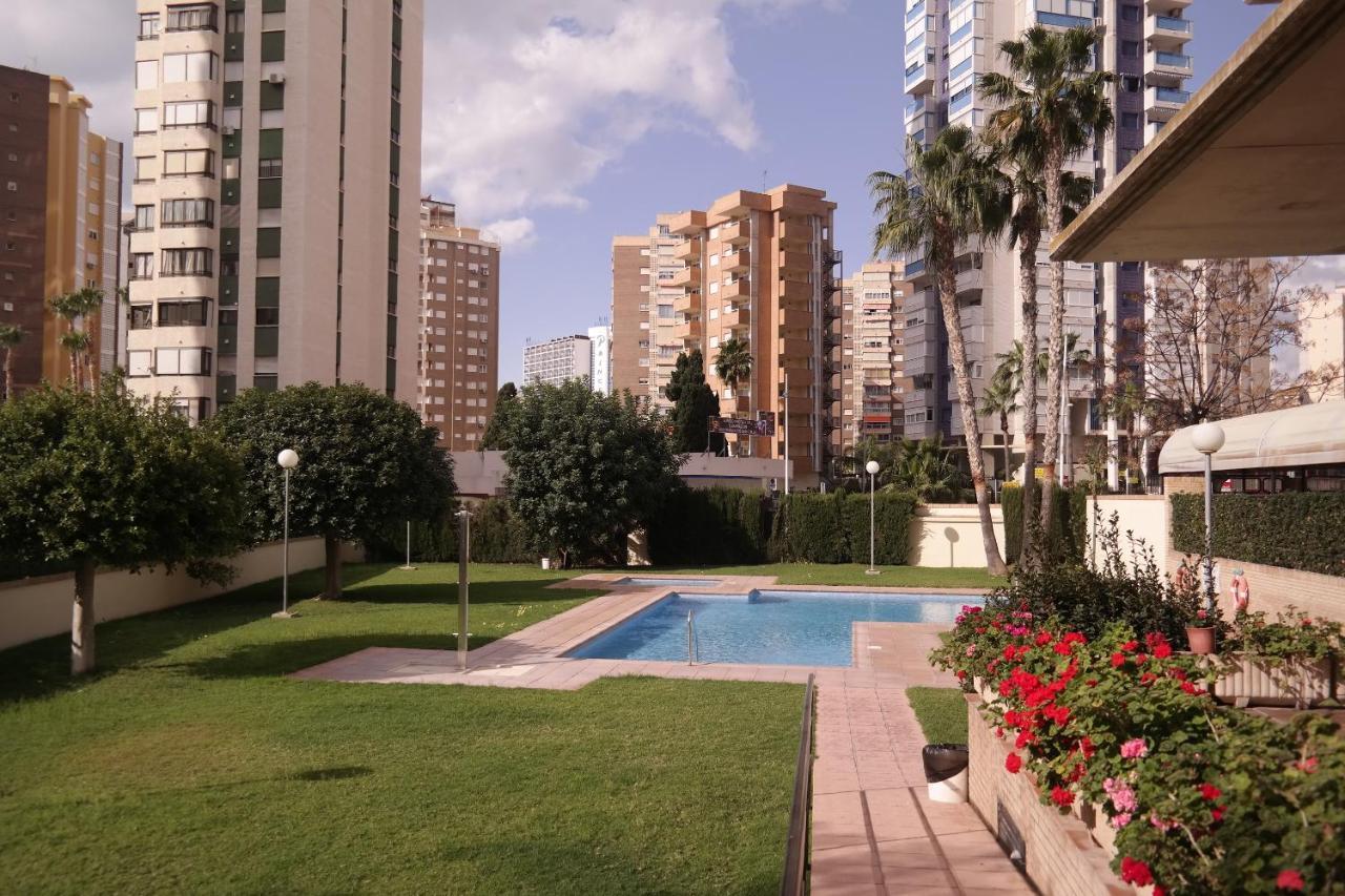 Apartamentos Benimar - Laterooms