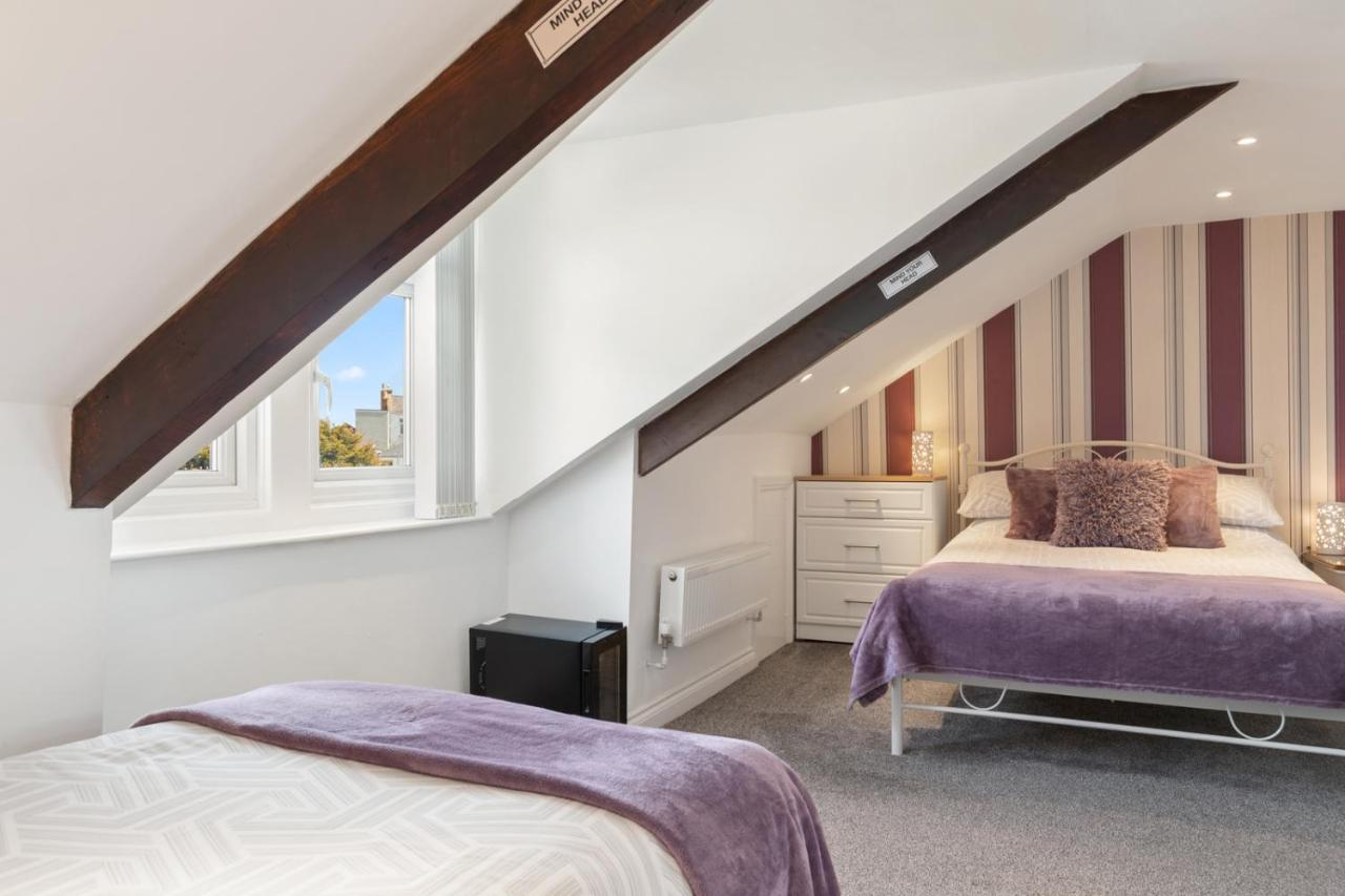 Coach Guest House - Laterooms