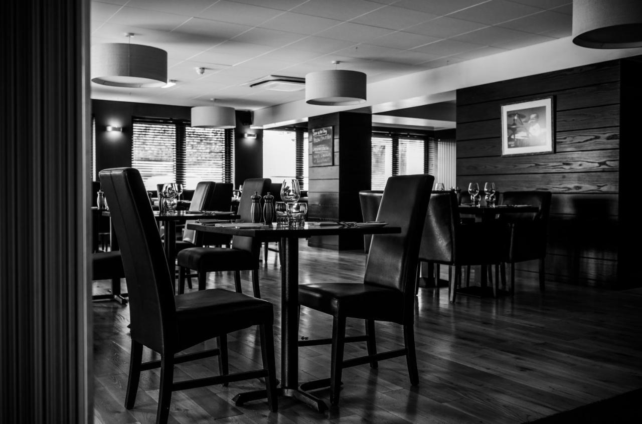 Nevis Bank Inn - Laterooms