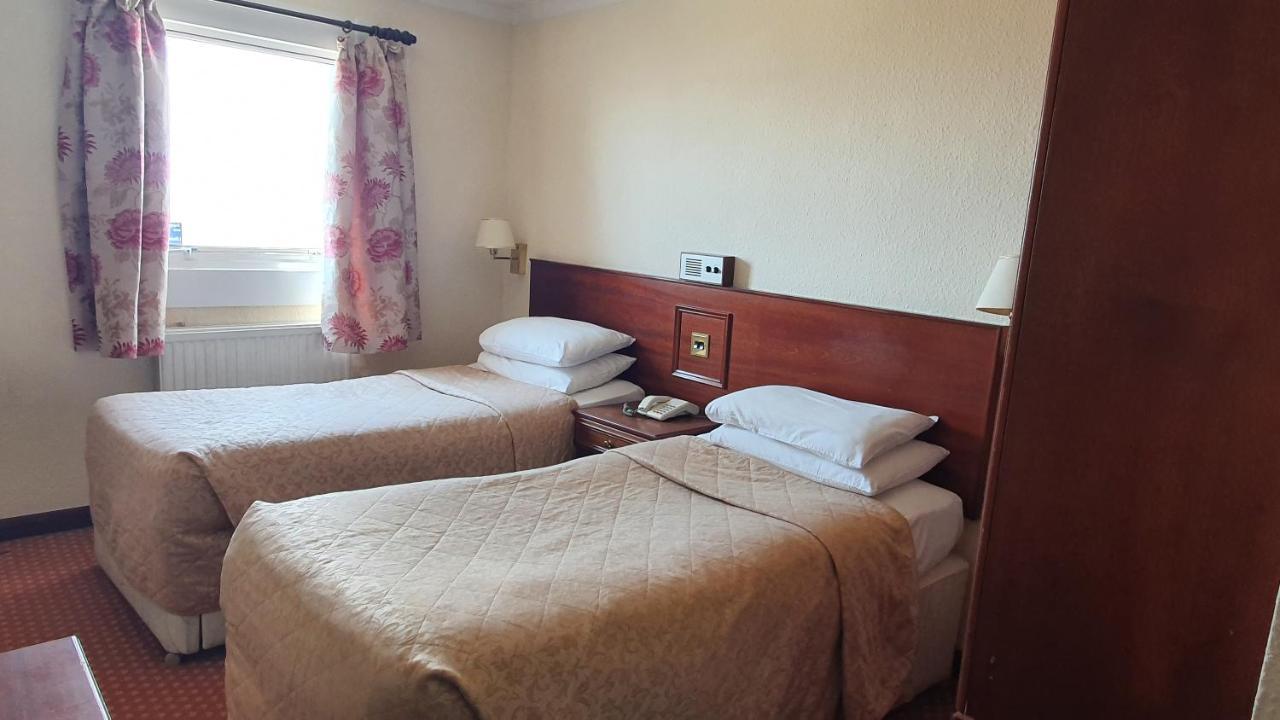 The Sandringham Hotel - Laterooms