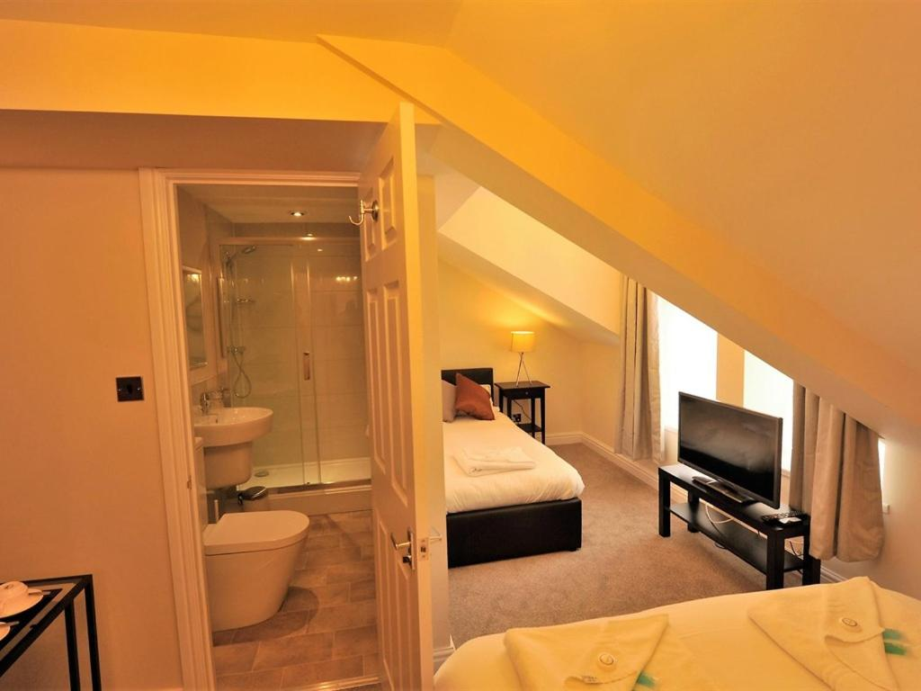 Gail's Guest House - Laterooms