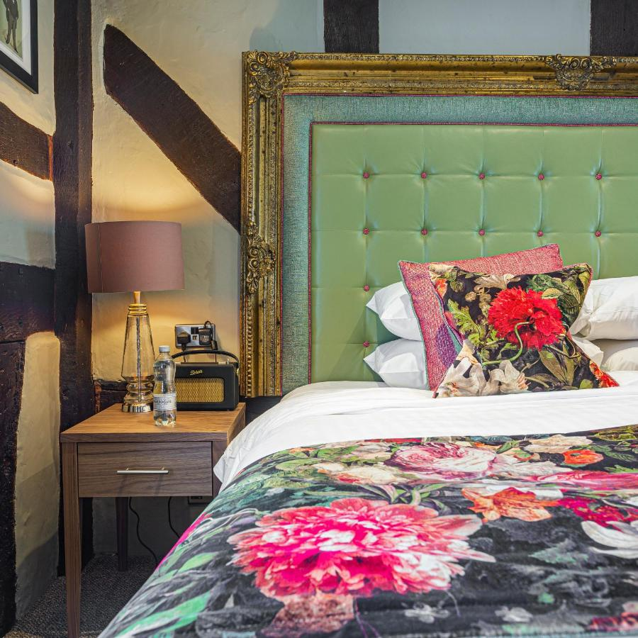 The Feathers Hotel - Laterooms