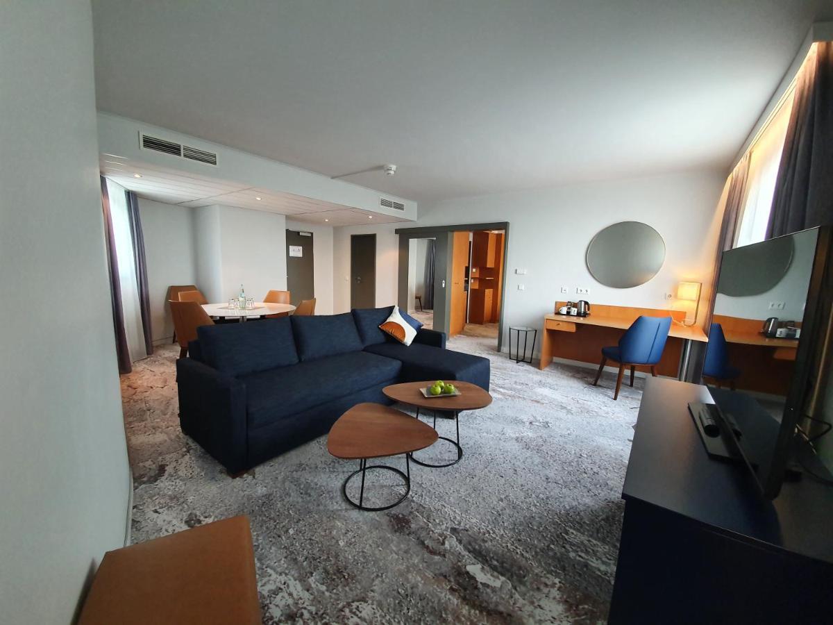 Mercure Hotel Duesseldorf Seestern - Laterooms