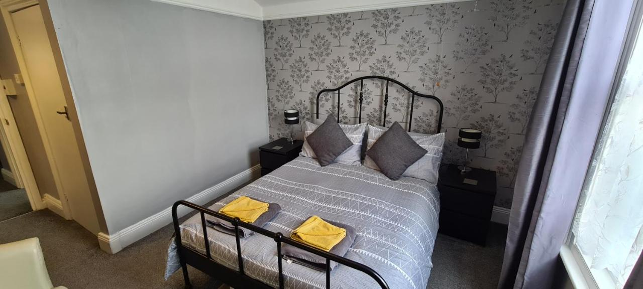 The Jacaranda Hotel - Laterooms