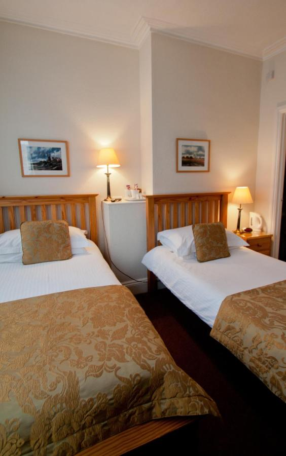Crescent Guesthouse - Laterooms