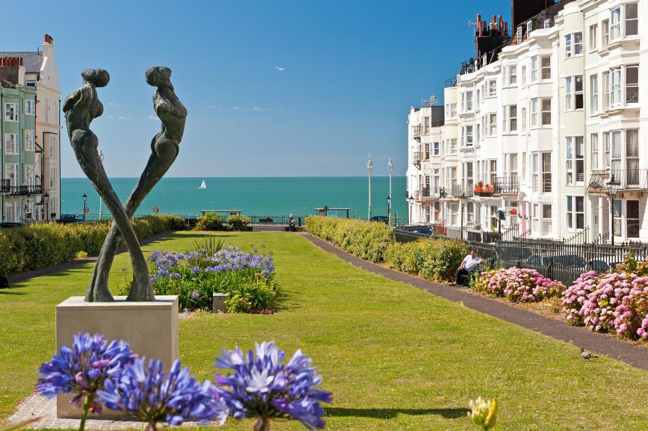 Hamptons Brighton - Laterooms
