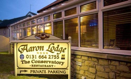 Aaron Lodge - Laterooms