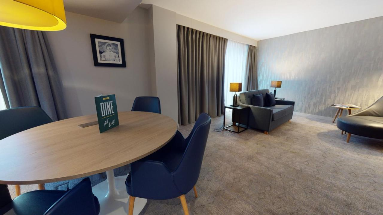 Holiday Inn MANCHESTER - CITY CENTRE - Laterooms