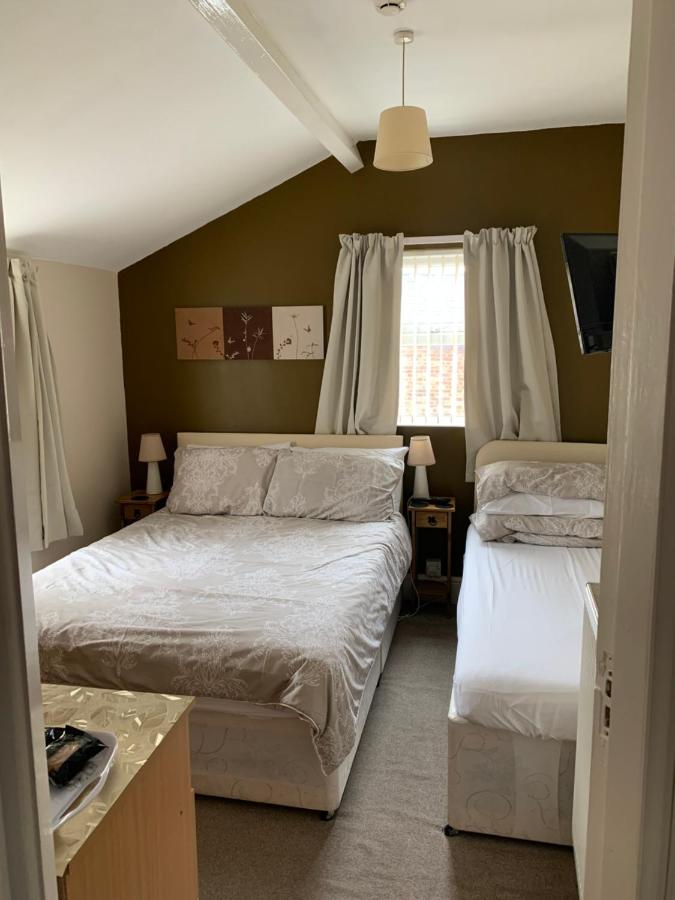 Oakwell Guest House - Laterooms