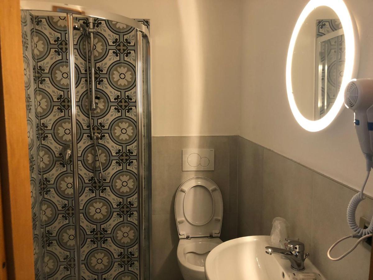 Hotel Francesco - Laterooms