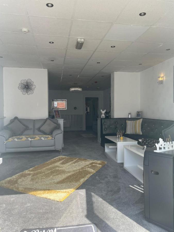 Rocklea Hotel - Laterooms