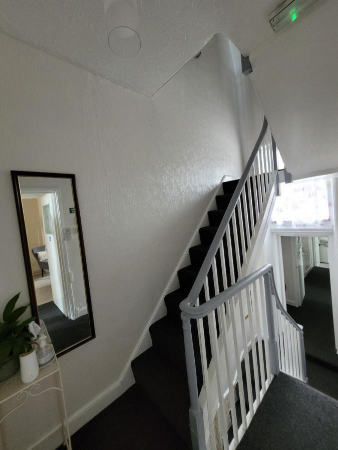 Lyndale Guest House - Laterooms