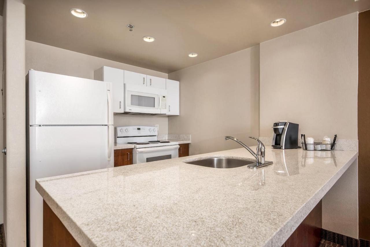 Homesuites By D3h Regina Updated 2021 Prices