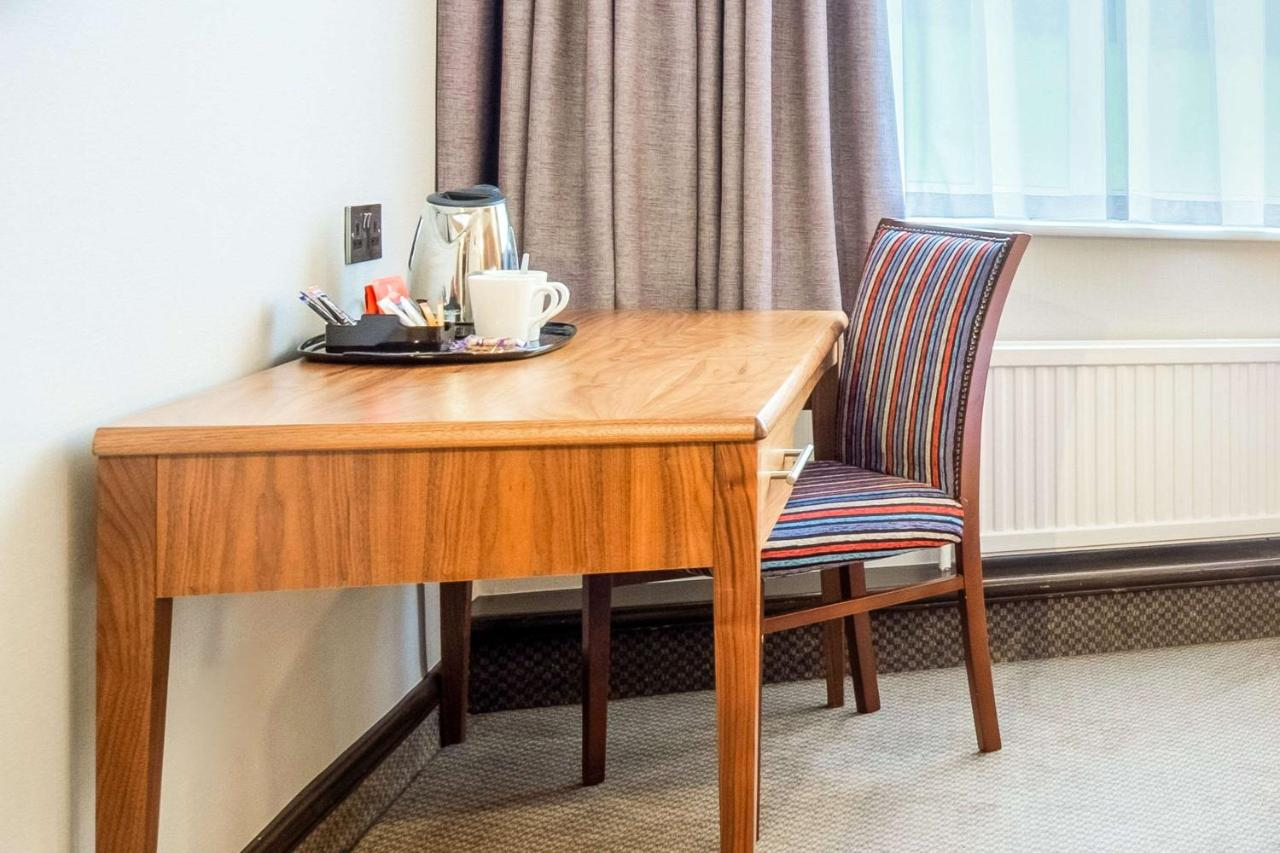 Clarion Collection Cedar Court Huddersfield - Laterooms