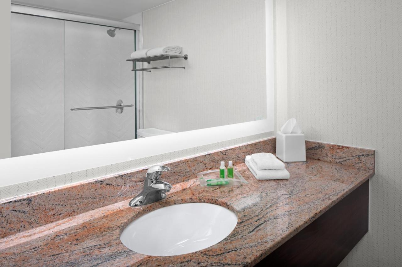 Holiday Inn HASBROUCK HEIGHTS-MEADOWLANDS - Laterooms