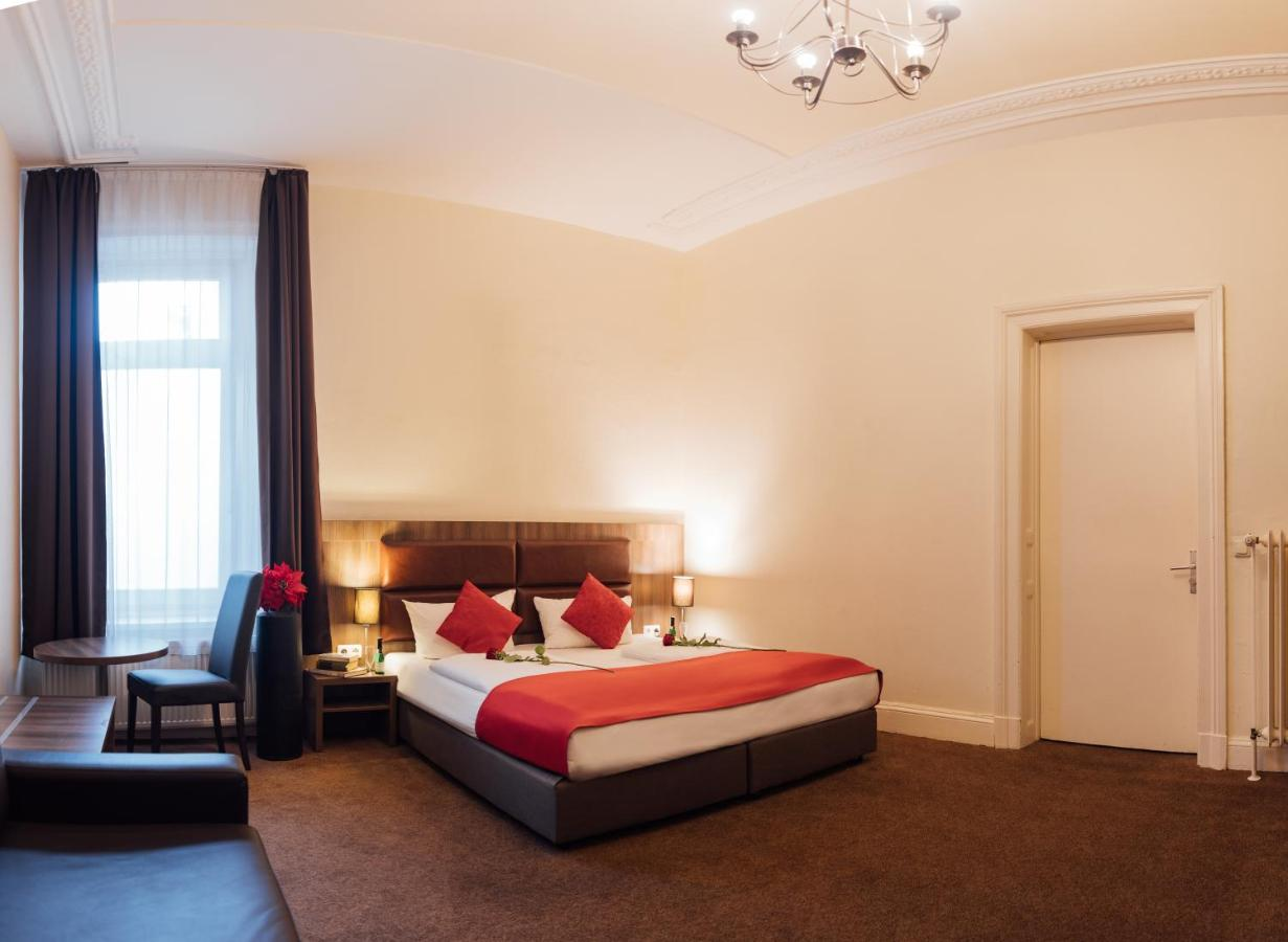 Novum Hotel Königshof Hamburg Innenstadt - Laterooms