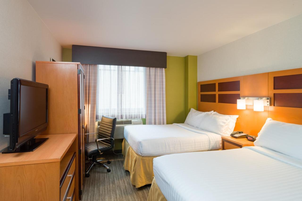 Holiday Inn Express NEW YORK CITY TIMES SQUARE - Laterooms