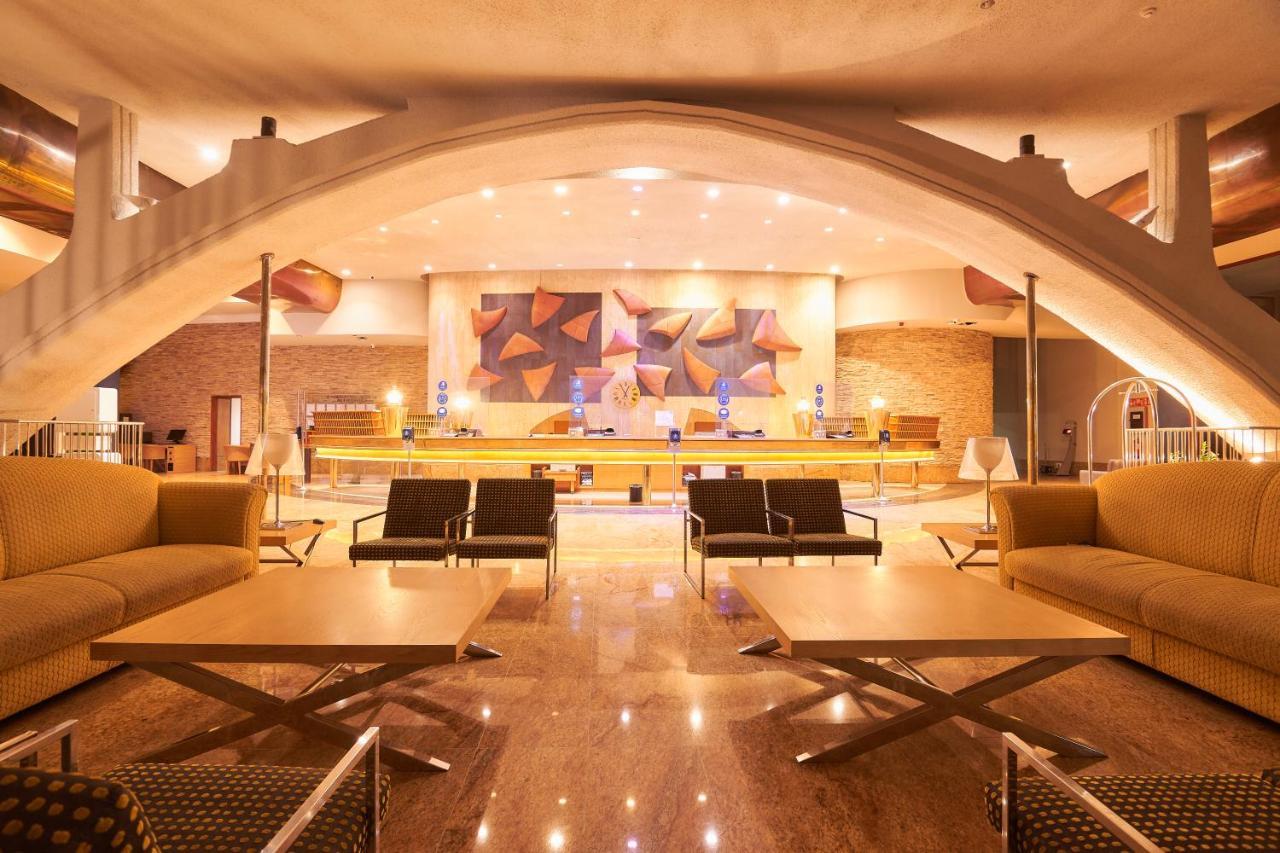 Gloria Palace Amadores Thalasso & Hotel - Laterooms