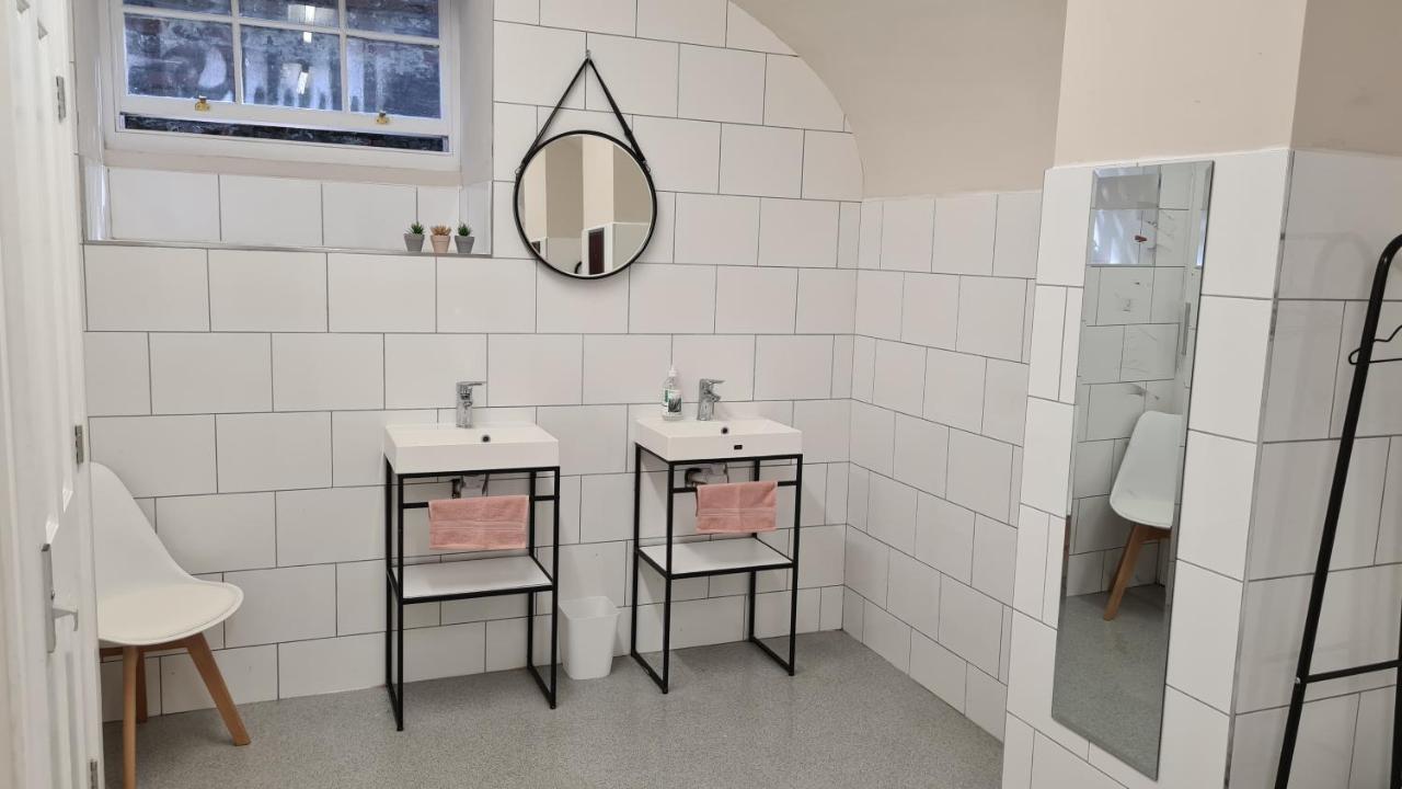 The Lawrance Luxury Aparthotel - York - Laterooms