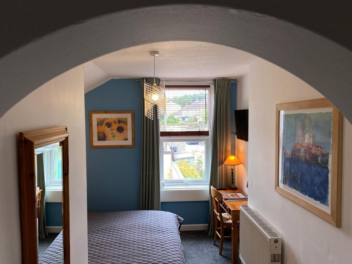 Amberley House Self-catering Holiday Let - Laterooms