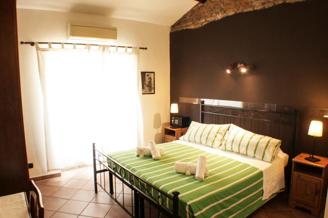 Sixtythree bed and breakfast - Laterooms