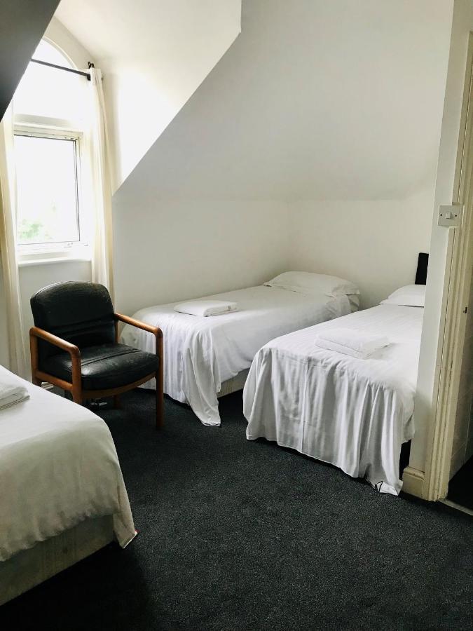 Amhurst Hotel - Laterooms