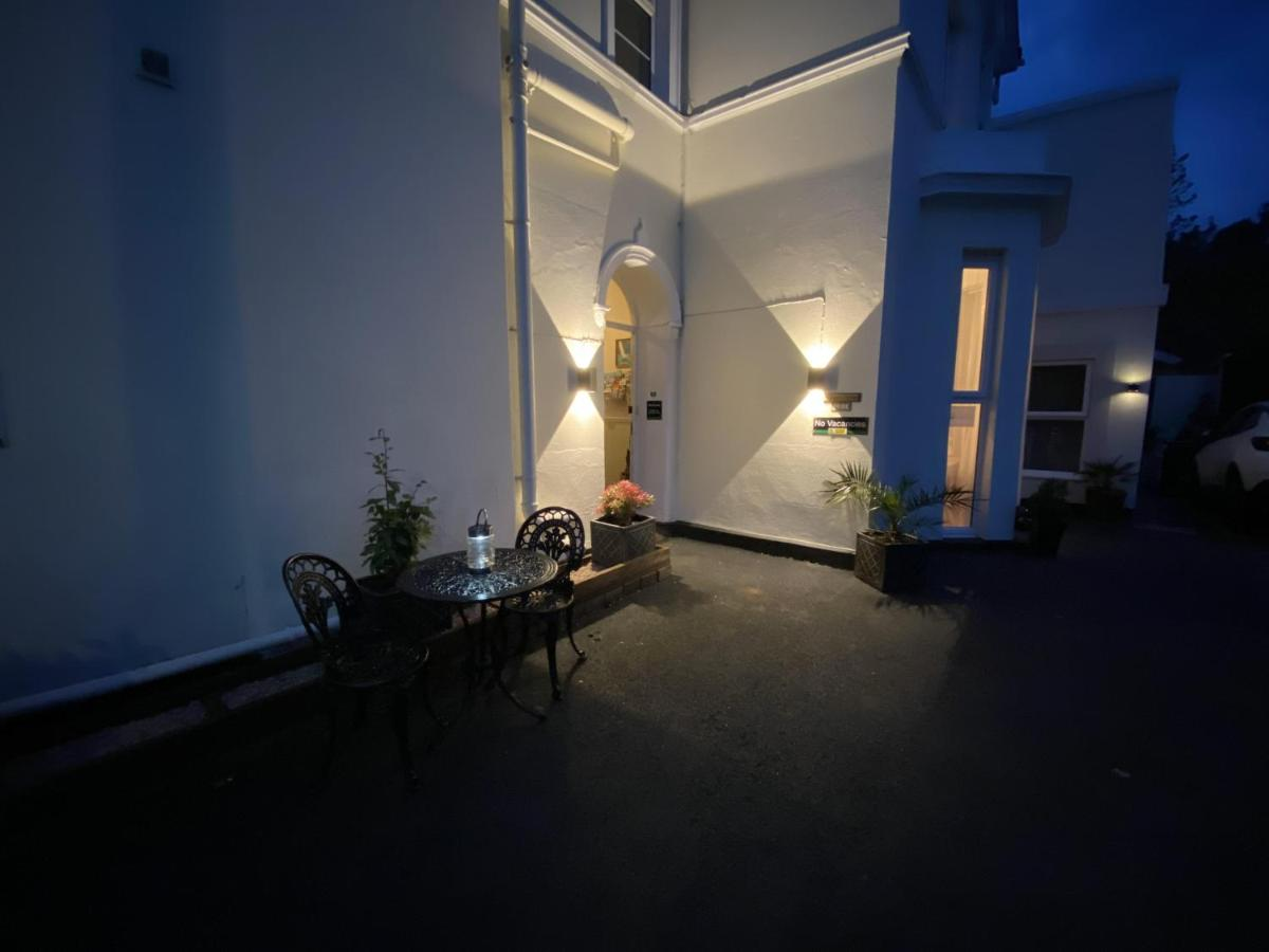 Harmony Guest House - Laterooms