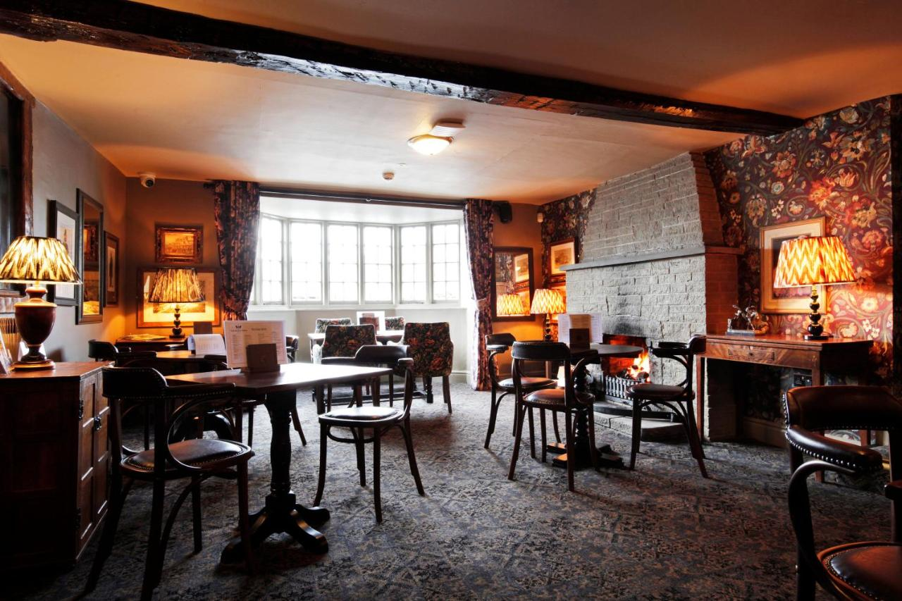 The Black Swan Hotel - Laterooms