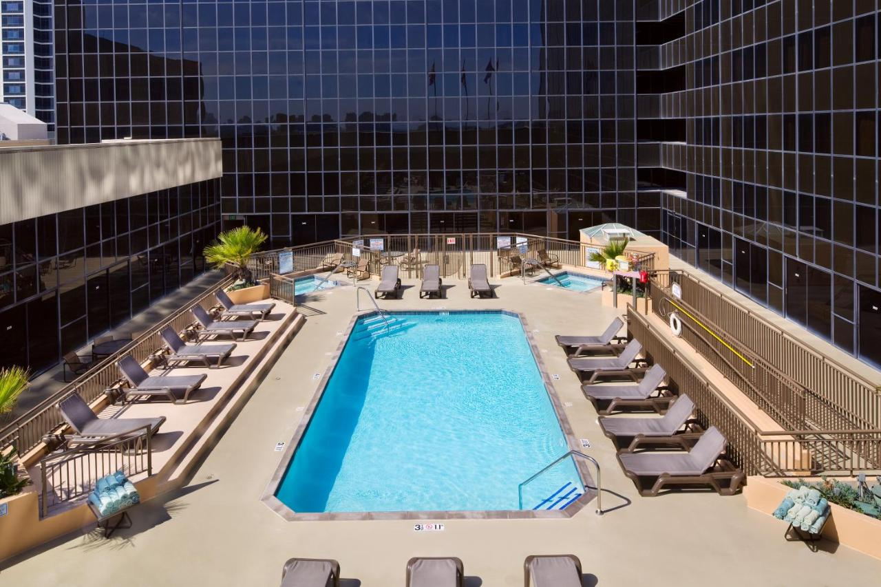 Hilton Los Angeles Airport - Laterooms