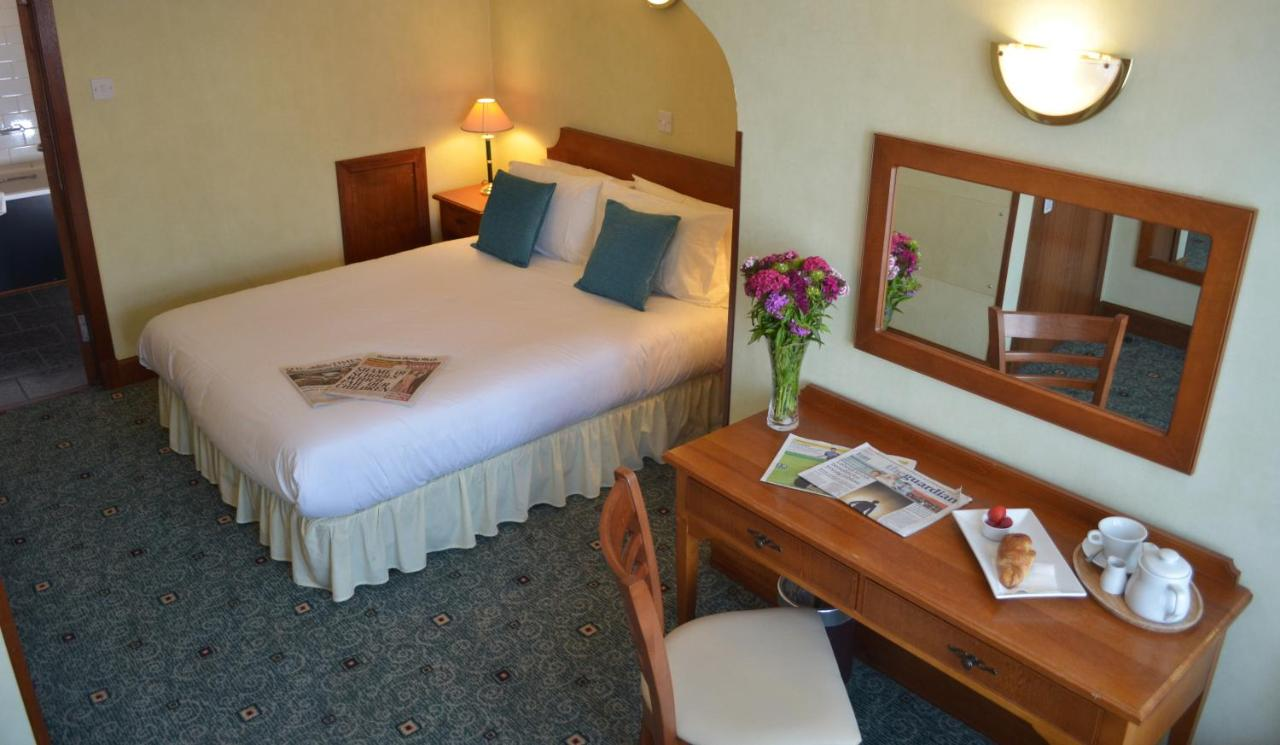 Ayrshire and Galloway Hotel - Laterooms