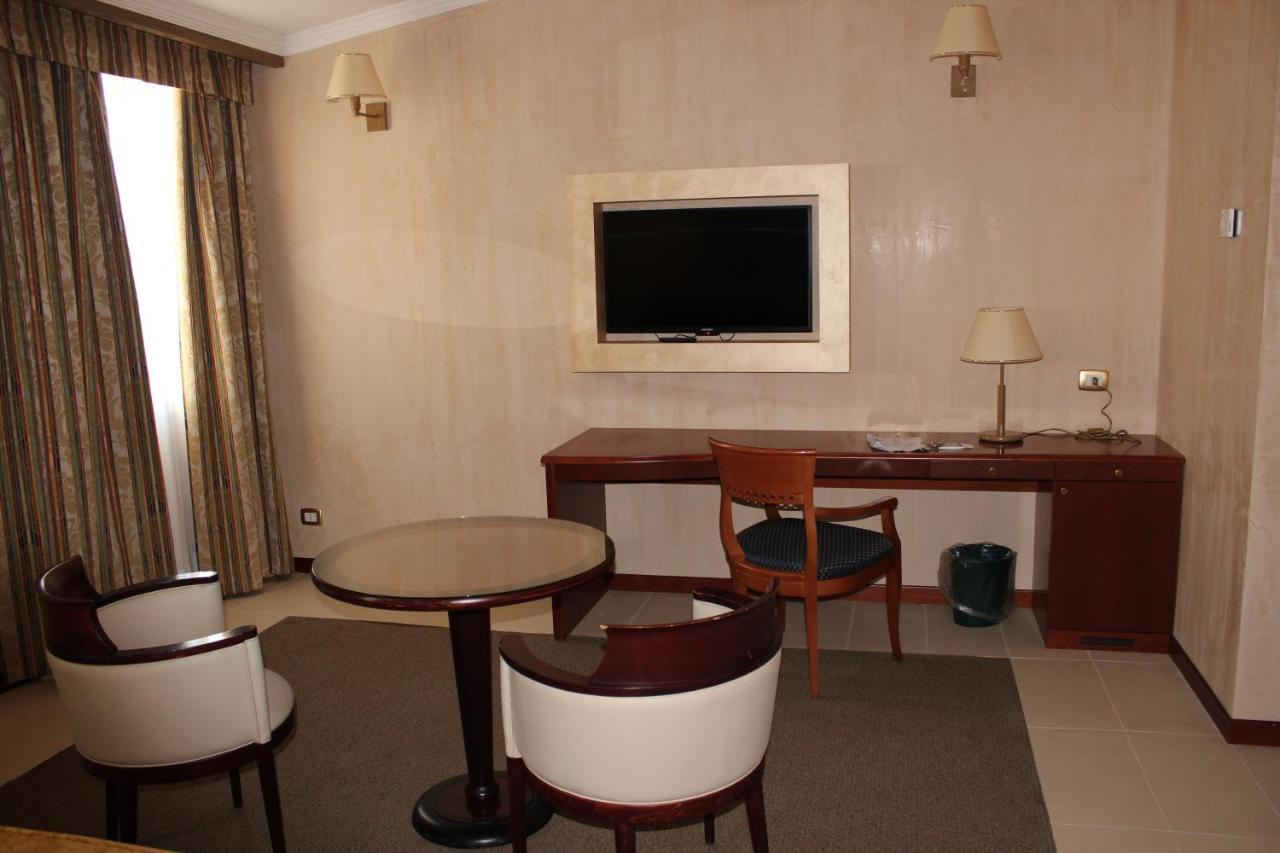 Jolly Aretusa Palace Hotel - Laterooms