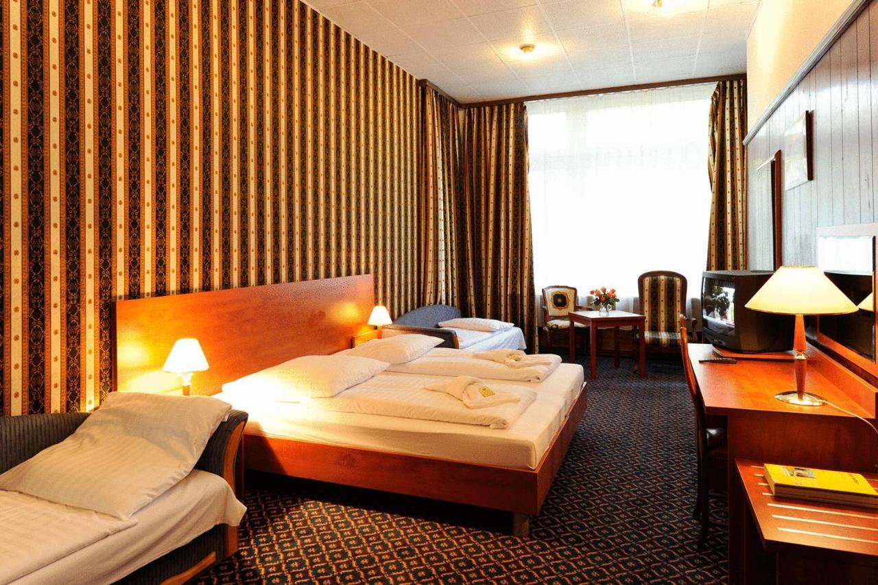 City Hotel am Kurfürstendamm - Laterooms
